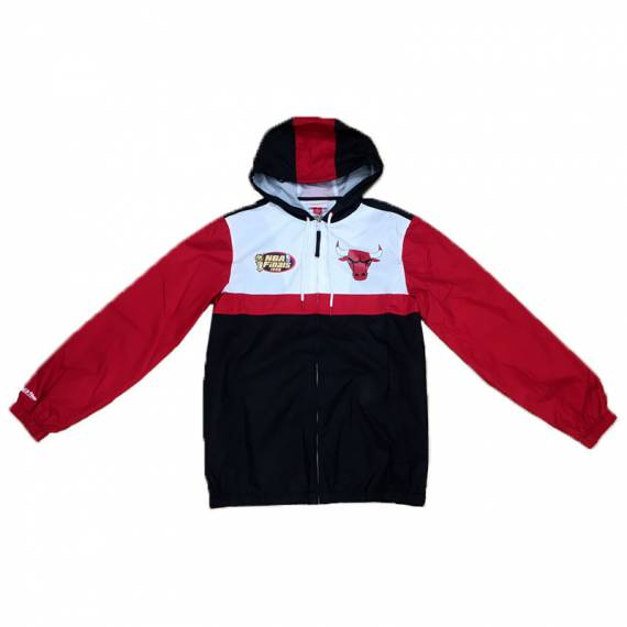 MARGIN OF VICTORY WINDBREAKER CHICAGO BULLS