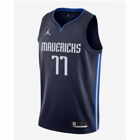 LUKA DONCIC DALLAS MAVERICKS STATEMENT EDITION SWINGMAN JERSEY 2021