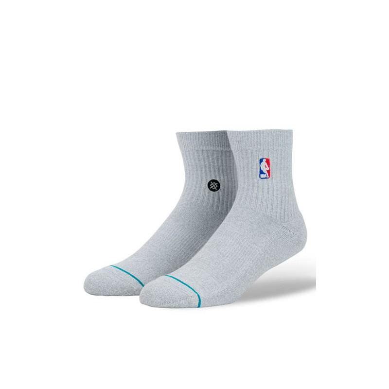 NBA LOGOMAN QTR STANCE