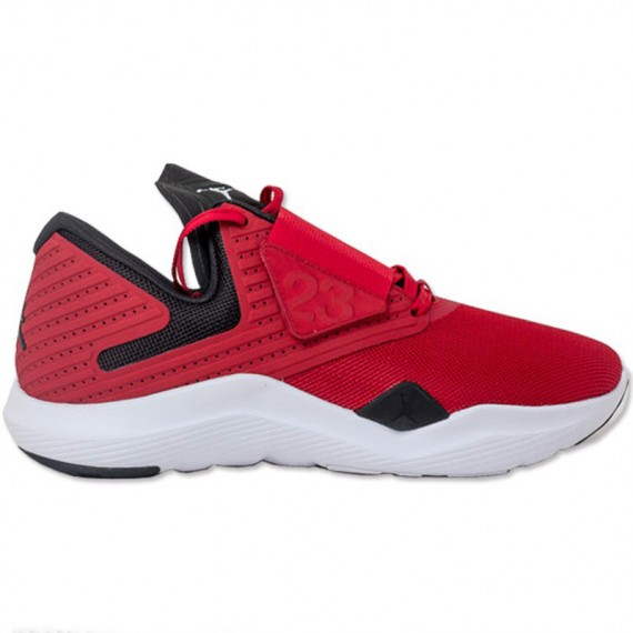 JORDAN RELENTLESS RED