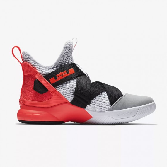 LEBRON SOLDIER XII SFG FLASH