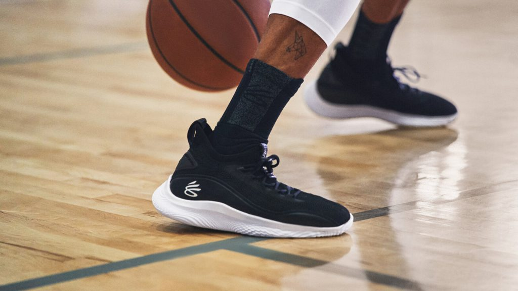 REVIEW CURRY 8 2